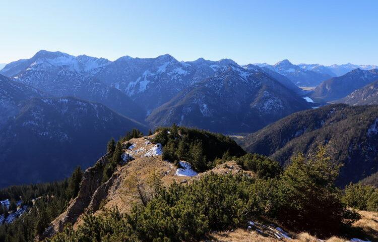 Wunderbare Aussichten in den Tiroler Teil des Ammergebirges