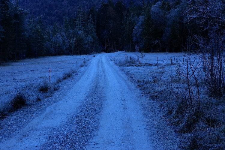 Die morgendliche Kälte lässt sich nicht nur fühlen, sondern fast schon sehen